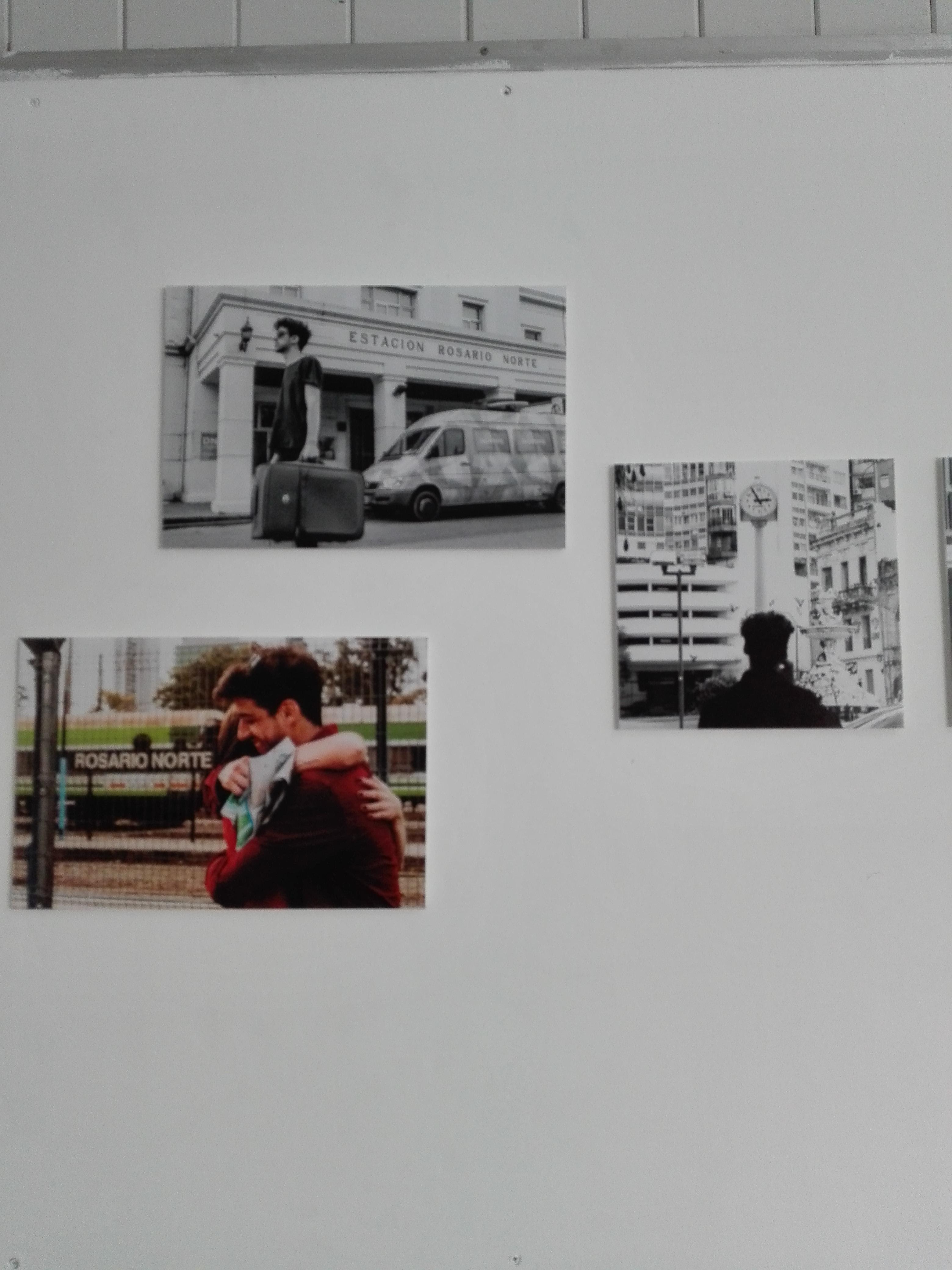 Inauguró la muestra Relatos Fotorosaricos