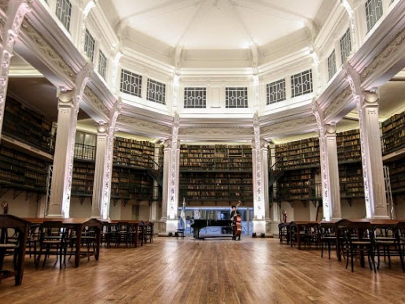 Convocatoria: estudiantes de Bibliotecología para pasantía rentada